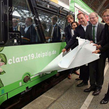 Feierliche Zugtaufe: Startschuss für den CLARA19-Zug der Erfurter Bahn anlässlich des Jubiläumsjahres für Clara Schumann in Leipzig